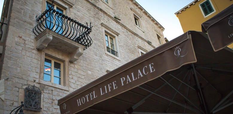 Heritage Hotel Life Palace, thumbnail