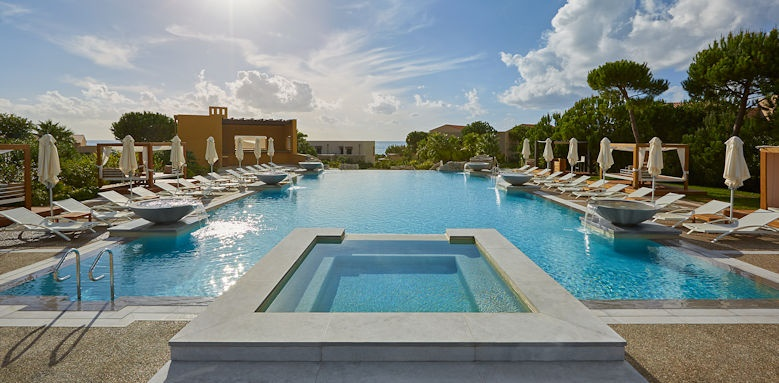 Westin Resort, pool area