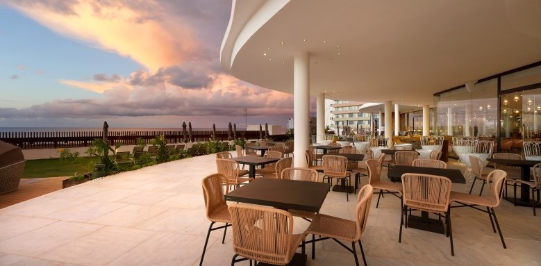 Hard Rock Hotel Tenerife, Outside dining