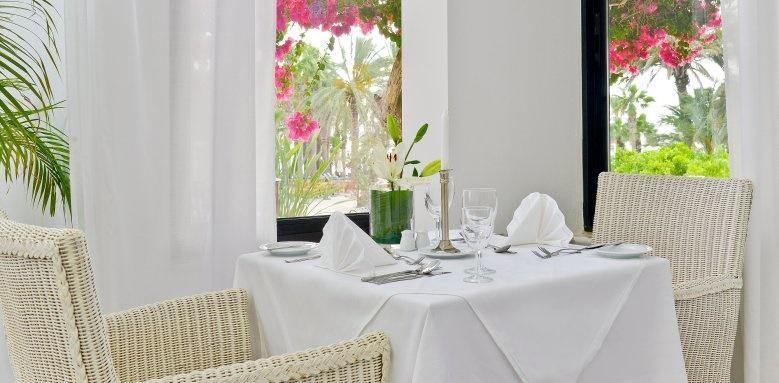 Azia Resort & Spa, Restaurant