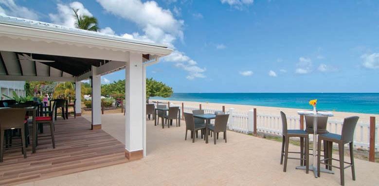 Radisson Grenada Beach Club, beach bar