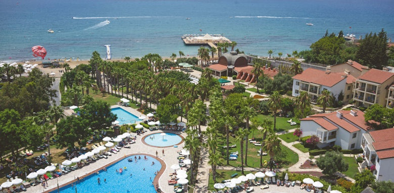 Arum Barut Collection, aerial pool view