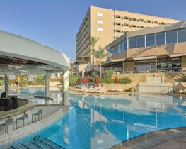 st raphael resort, pool bar