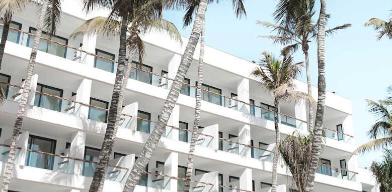 Los Fariones, view of hotel