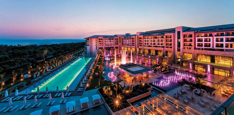Regnum Carya Golf & Spa Resort, overview at night
