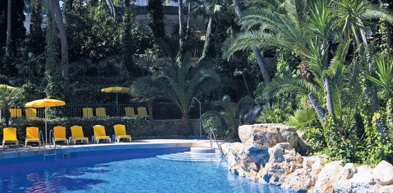Bon Sol, pool