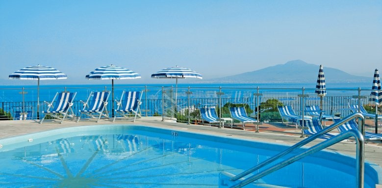 Grand Hotel De La Ville, pool