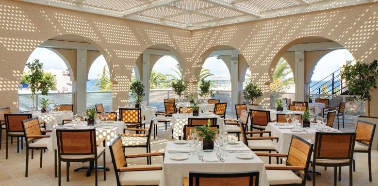 Marbella Beach Hotel, restaurant