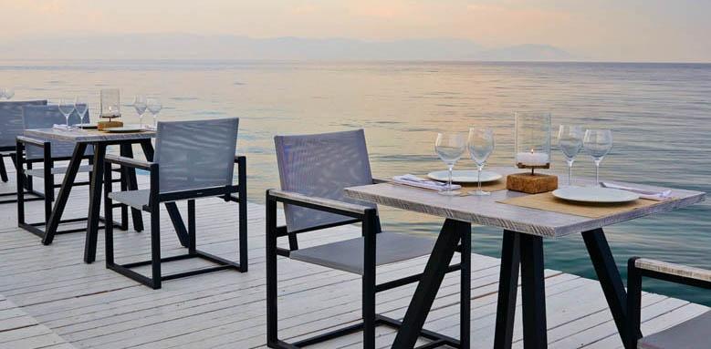 MarBella Corfu, Bussola Restaurant