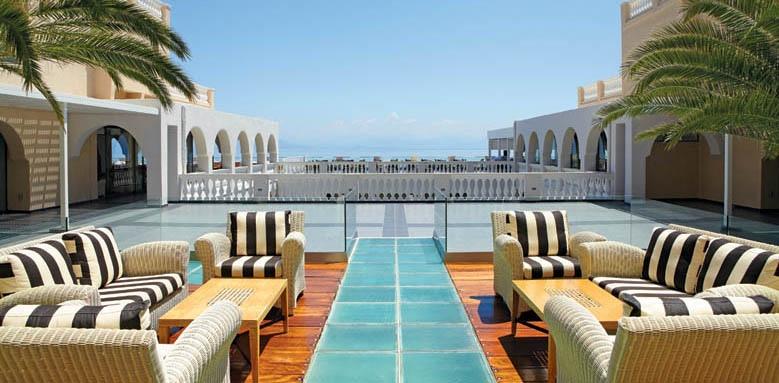 Marbella Beach Hotel, hotel terrace
