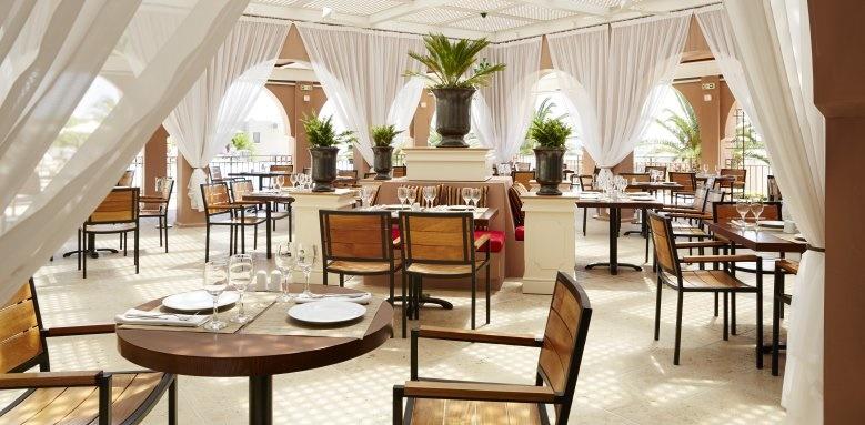 MarBella Corfu, Comodo Restaurant