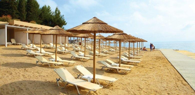 Marbella Beach Hotel, beach