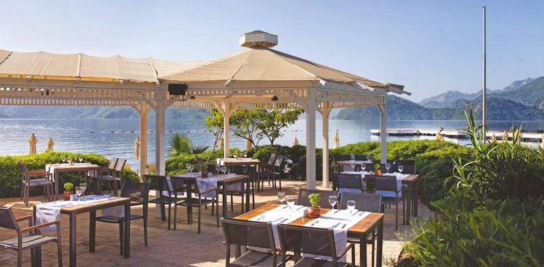 D- Resort Grand Azur, beach bar