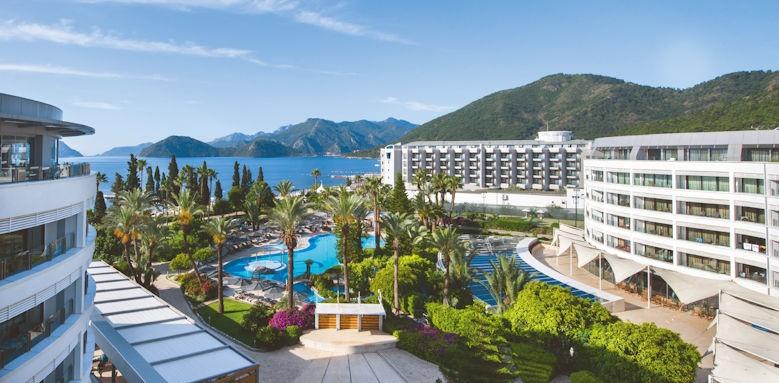 D- Resort Grand Azur, overview