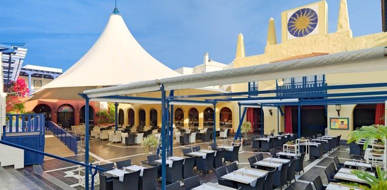 Suite Hotel Atlantis Fuerteventura Resort, La Plaza