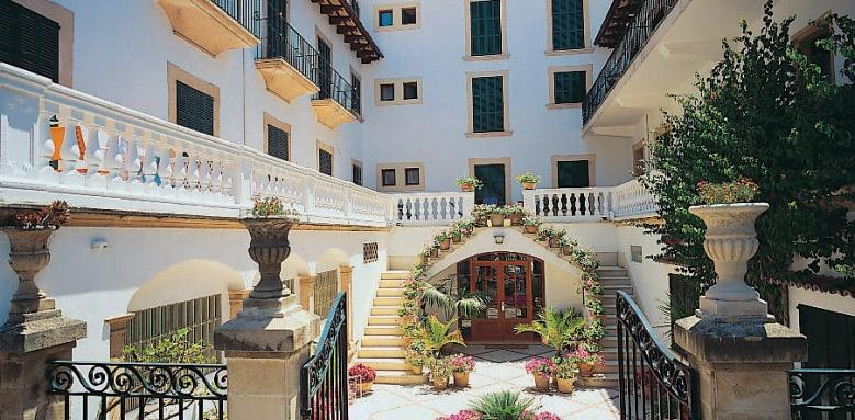 Hotel Miramar, view exterior