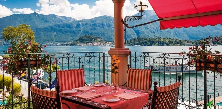 Hotel Tremezzo, Bar by day