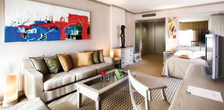 Gloria Golf Resort, junior suite living room