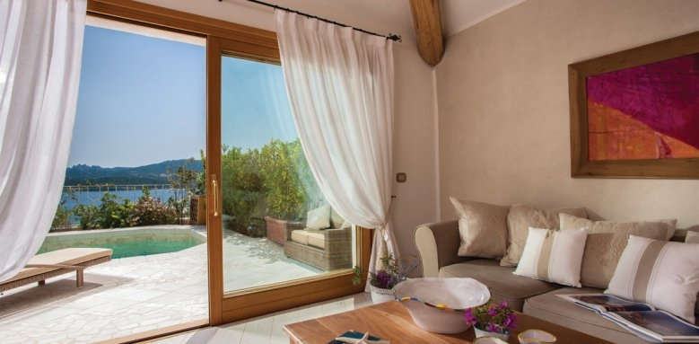 Hotel Relais Villa Del Golfo & Spa, luxury suite villa lounge area