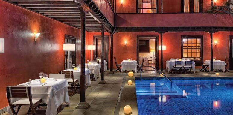 Hotel San Roque, Restaurant Terrace
