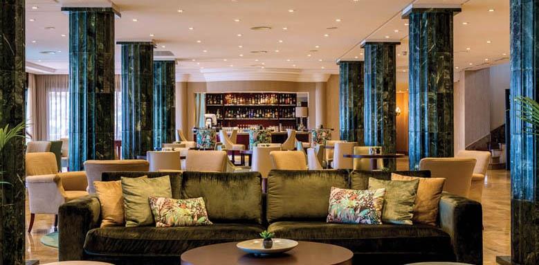 Nixe Palace, lobby
