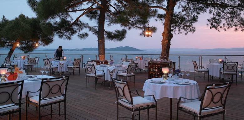 eagles palace, restaurant terrace