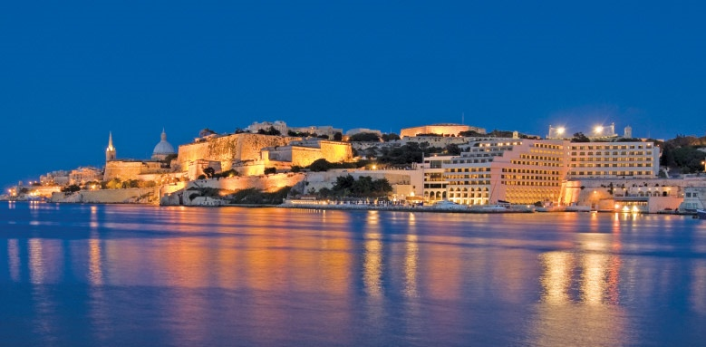 Grand Hotel Excelsior Malta, night view
