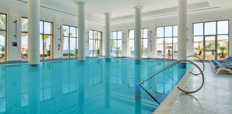 Hilton Malta, indoor pool