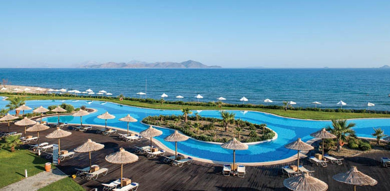 Astir Odysseus, pool