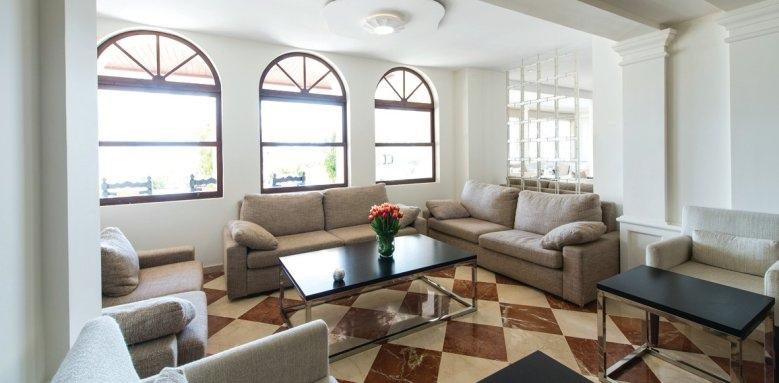 Illa D'or, lounge