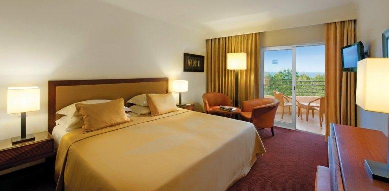 Porto Bay Falesia, standard double sea view bedroom