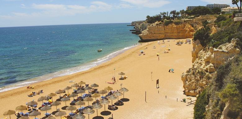 Villalara Thalassa, beach