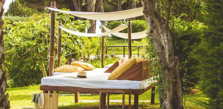 Villalara Thalassa, garden cabanas