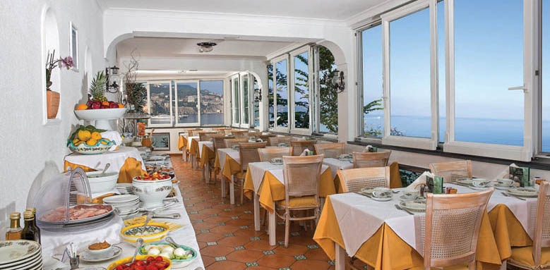 Villa Garden Hotel, restaurant
