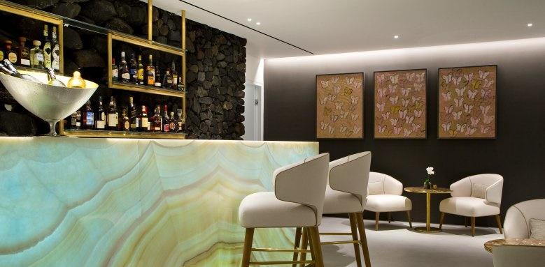 Grace Santorini, Champagne Lounge