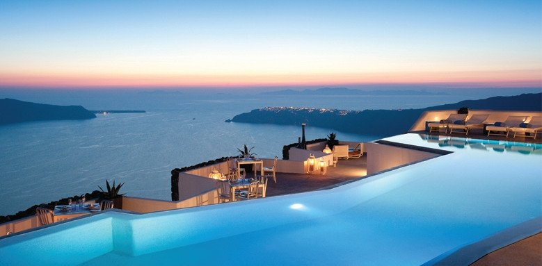 Grace Santorini, infinity pool at sunset
