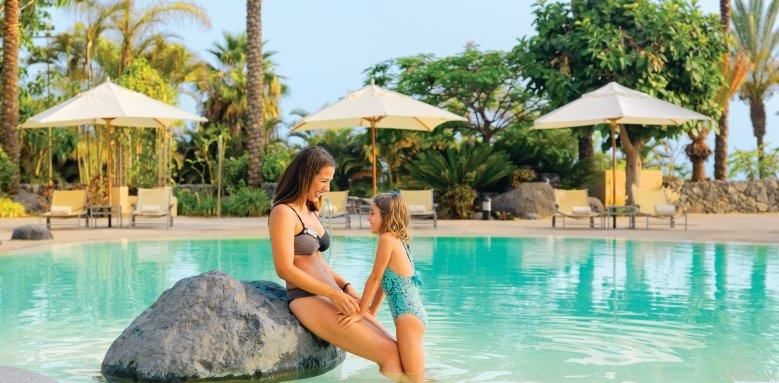 The Ritz-Carlton, Abama, mother and daughter in pool
