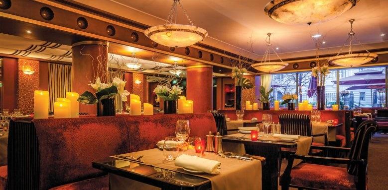 L'Hotel du Collectionneur Arc De Triomphe, Restaurant