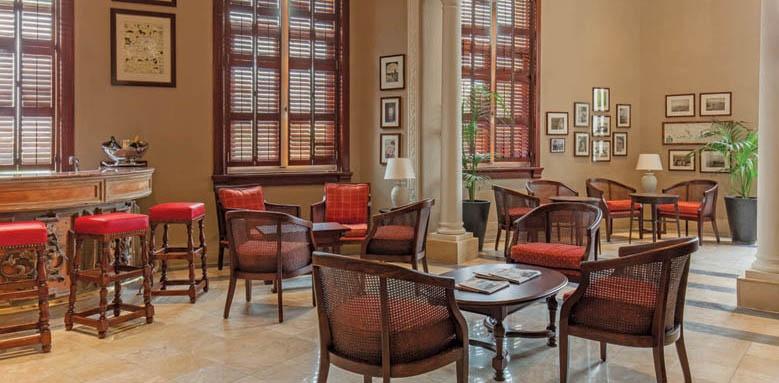 The Phoenicia Malta, club bar