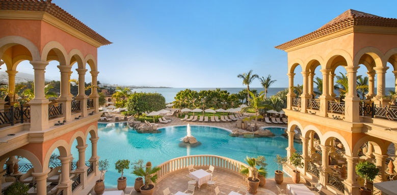 IBS Grand Hotel Mirador, view of pool