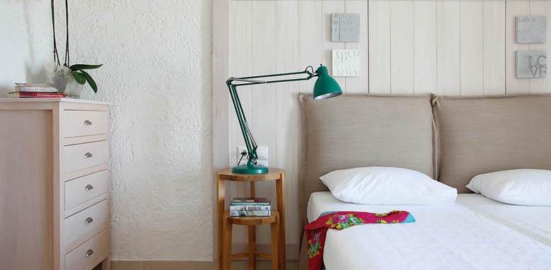 Skopelos Village Suite Hotel, bedroom