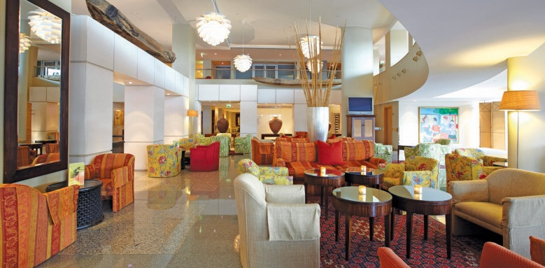 Royal Savoy Hotel, Galley lounge