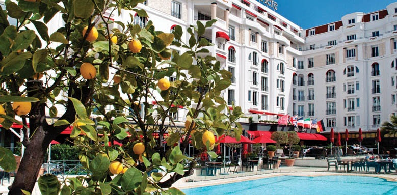 Majestic Barrire Cannes, pool and hotel exterior