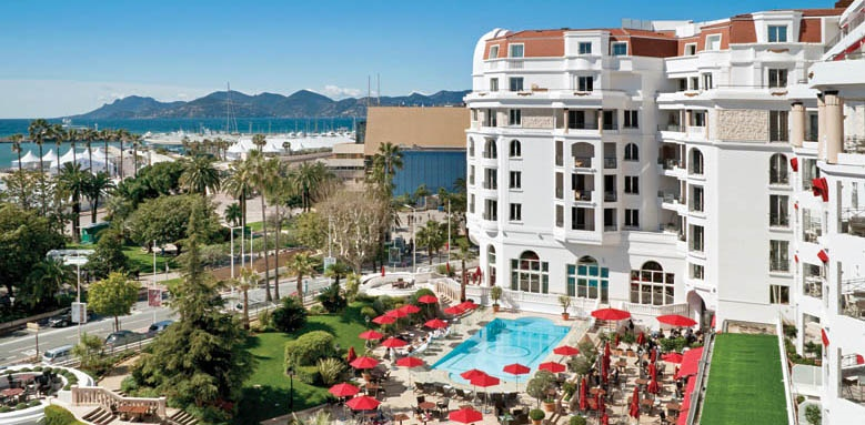 Majestic Barrire Cannes, pool and exterior
