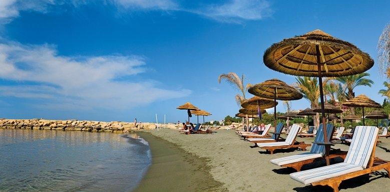 Amathus Beach Hotel Limassol, beach
