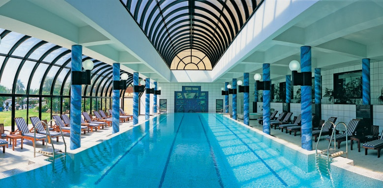Amathus Beach Hotel Limassol, indoor pool