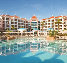Hilton Vilamoura, pool area