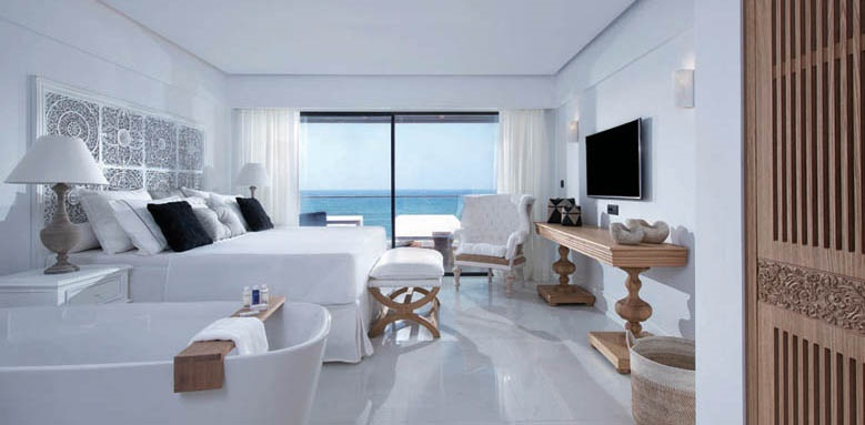 Abaton_deep blu deluxe room with sea view
