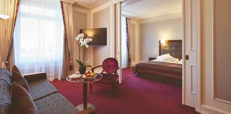Schweizerhof Zurich, deluxe junior suite
