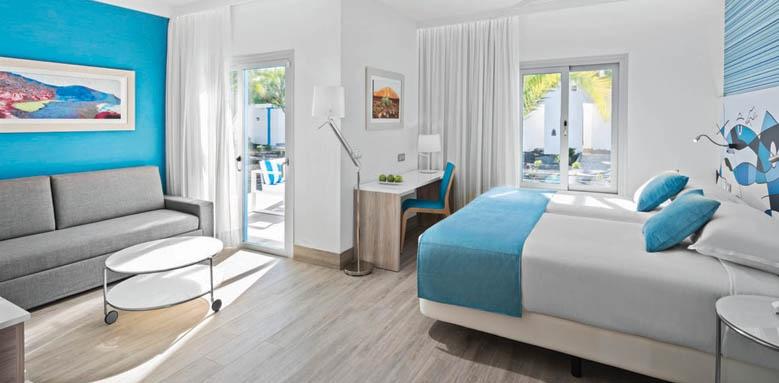 Elba Lanzarote Royal Village Resort, Junior suite family garden